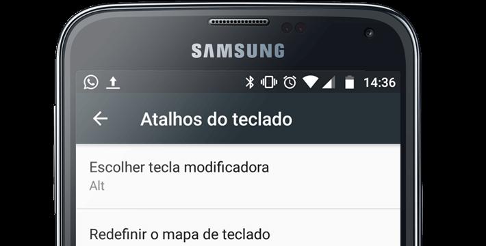 Um celular com a tela de atalhos de teclado do leitor de tela TalkBack para Android