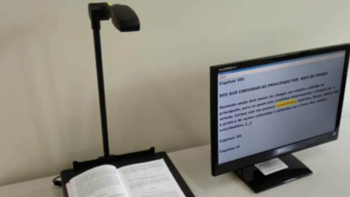 Pessoas com deficiência visual podem ler e produzir textos em biblioteca da USP
