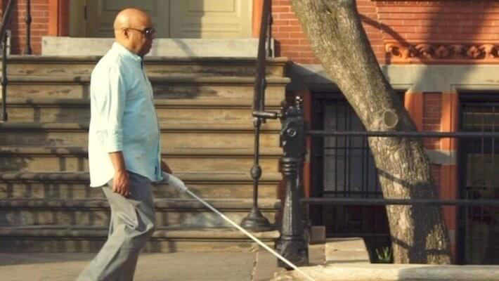 Homem cego desenvolve bengala-smart que usa Google Maps e sensores